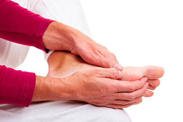 Набряки ніг у лежачих хворих: що робити і чим лікувати?