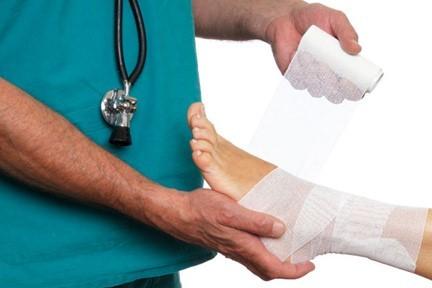 Бурсит гомілковостопного суглоба: симптоми і лікування, причини, види патології