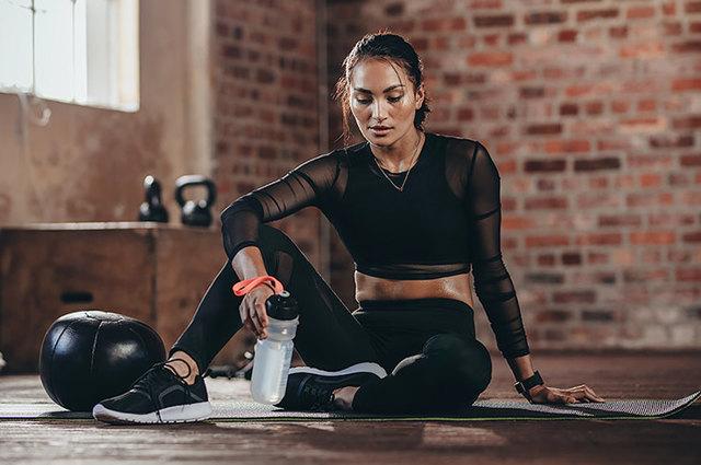 Програми тренувань будинку для схуднення дівчат на всі групи м'язів: кращі комплекси вправ