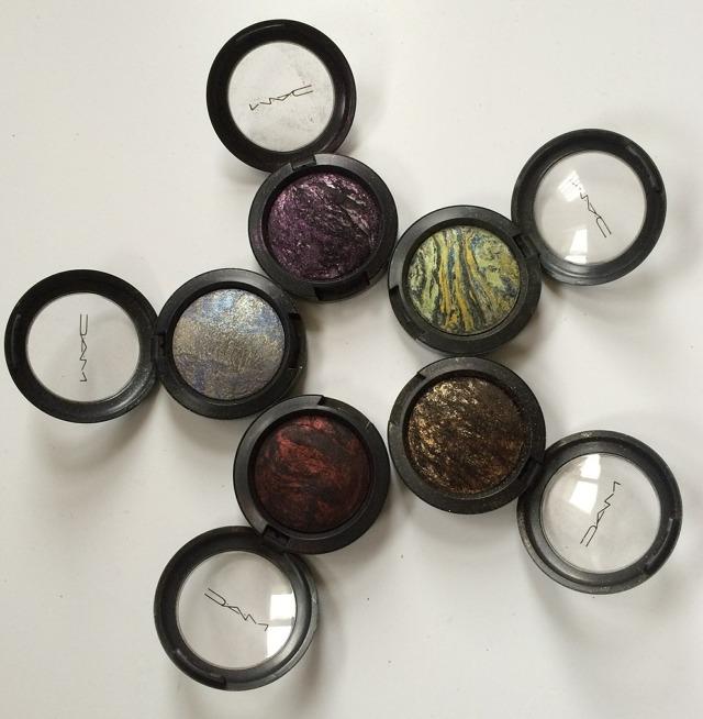 Мінеральні тіні для повік: популярні марки і відгуки про них