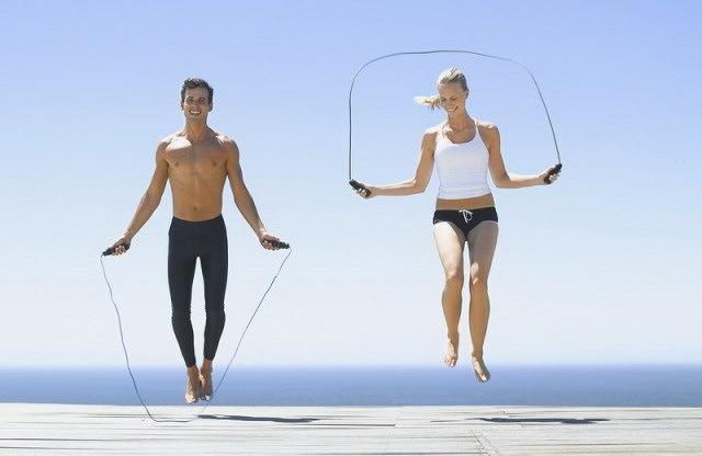 Як швидко схуднути в стегнах: найефективніші вправи