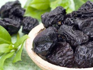 Чорнослив: калорійність, користь і шкода для організму людини, протипоказання