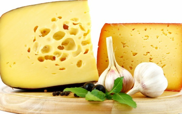 Список продуктів харчування багатих жирами