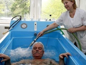 Хвороба Бехтерева у чоловіків: що це таке, як лікувати, причини і симптоми