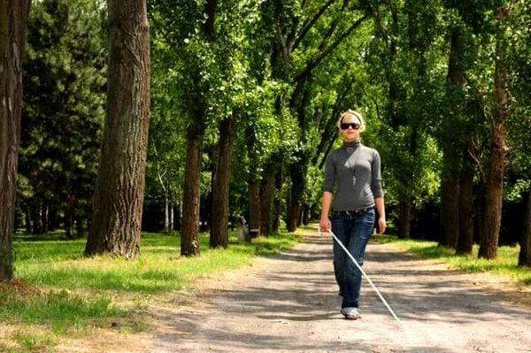 Інвалідність по зору: критерії, як оформити, в яких випадках дають, розмір пенсії
