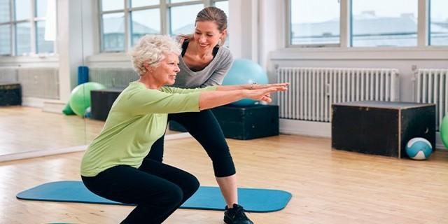 Гімнастика для літніх: вправи для жінок і чоловіків, відео і опис