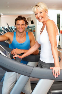 Як правильно займатися на біговій доріжці для схуднення