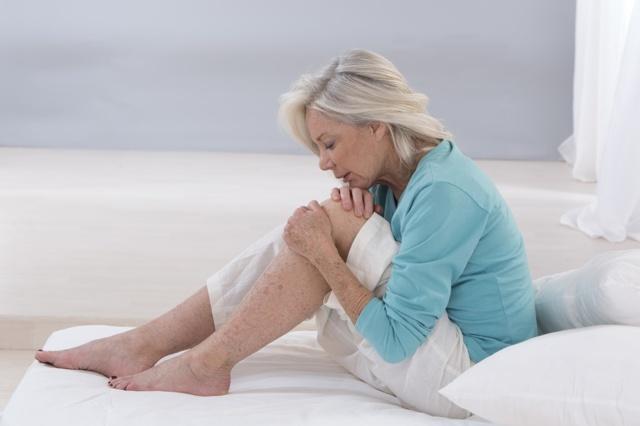 Артрит колінного суглоба: причини, симптоми і лікування, що це таке