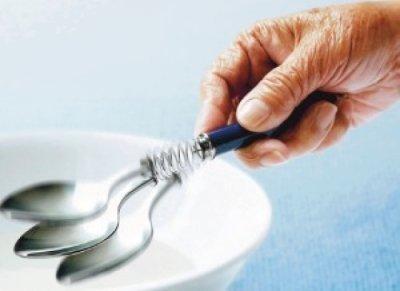Деменція і Альцгеймера в чому різниця: чим відрізняються, особливості та симптоми захворювань