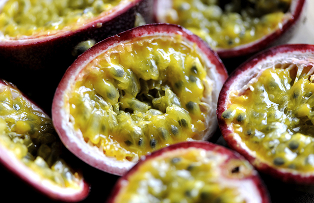 Маракуйя: корисні властивості і шкода, калорійність фрукта