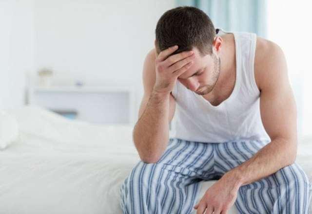 Болить ліве яєчко: причини у чоловіків або болить праве
