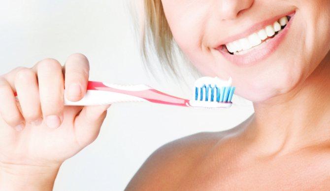 9 помилок при чищенні зубів - Статті та корисні матеріали від Narmed.Ru