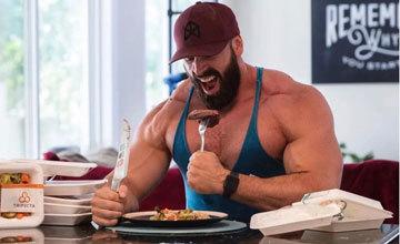 Яким повинен бути раціон харчування для набору м'язової маси у чоловіків