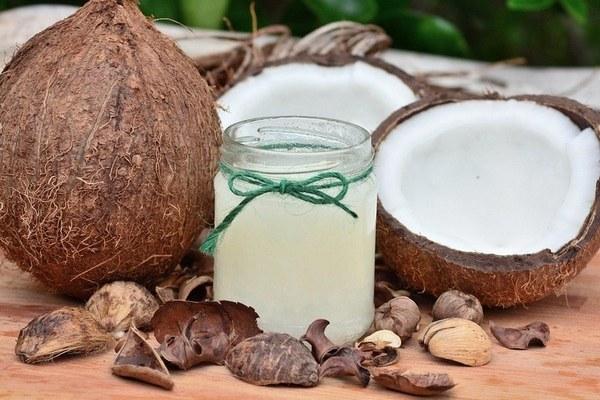 Кокосове масло: калорійність, користь і шкода для організму, застосування в їжу
