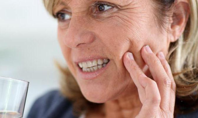 болить зуб без нерва під пломбою