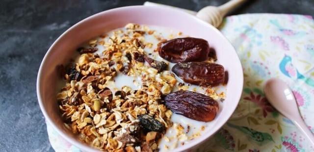 Фініки: калорійність, користь і шкода для організму, вживання при схудненні