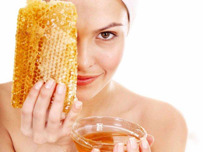 чистка обличчя за допомогою меду