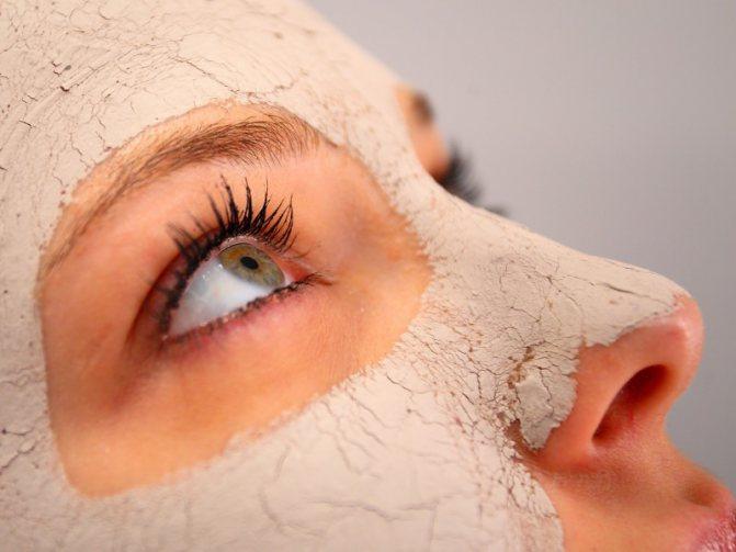 Щоб поліпшити стан і зовнішній вигляд шкіри, за нею потрібен ретельний і регулярний догляд і однією з його складових є маски для пружності шкіри обличчя