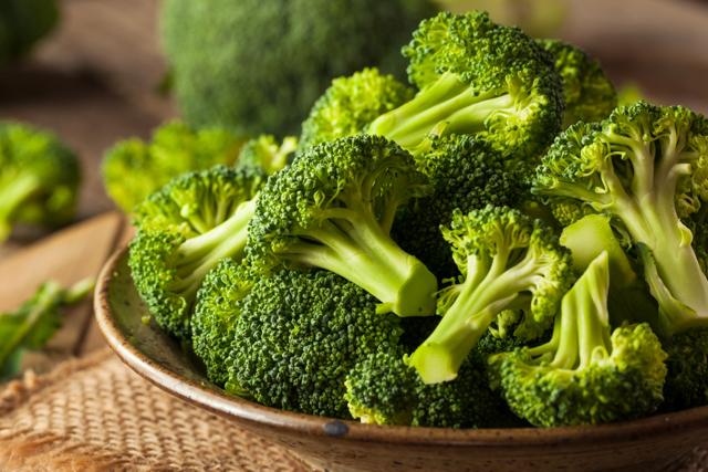 Брокколі: калорійність, користь і шкода для організму, рецепти страв