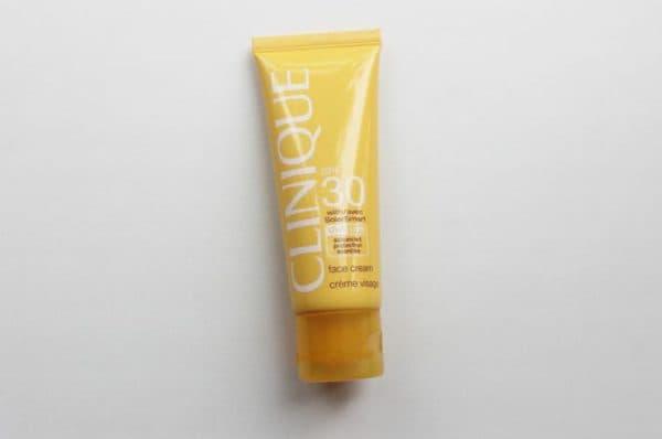 Face Cream SPF 30 від Clinique сонцезахисний крем для обличчя