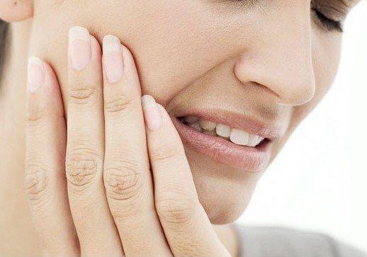 фурацилін для полоскання рота при стоматиті