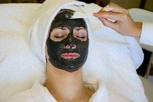 Грязьова маска для обличчя