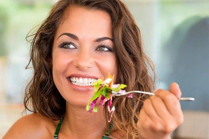 виправлення кривих зубів винирами