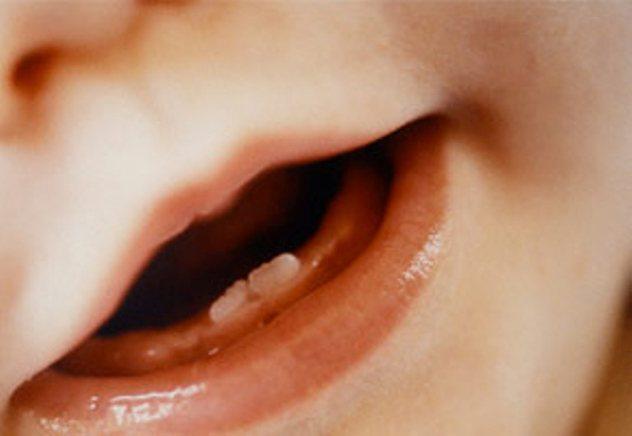 Як Лікувати Соплі при прорізуванні зубів у Немовлят