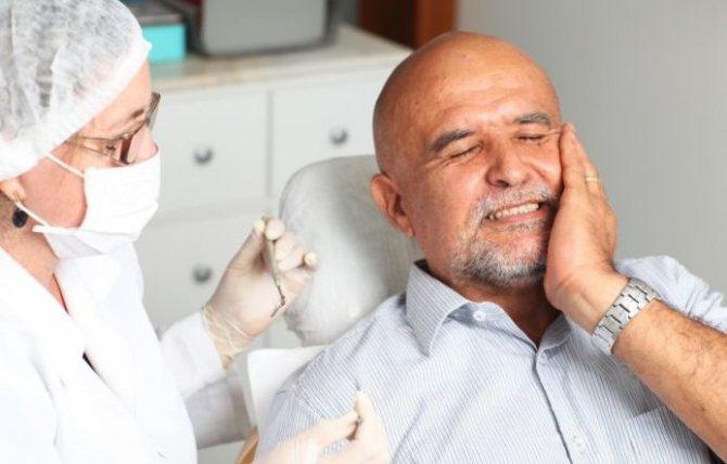 Як пломбують кореневі канали в зубах
