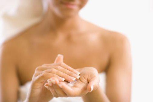 як пом'якшити шкіру рук взимку