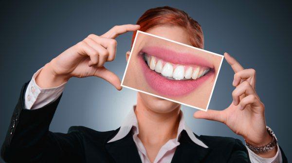 Яка альтернатива імплантації зубів