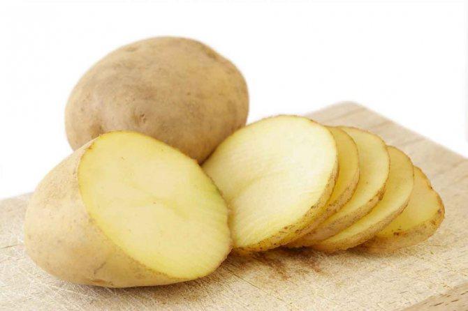 kartoshka ot meshkov pod glazami 1024x681 - Картопля від мішків під очима