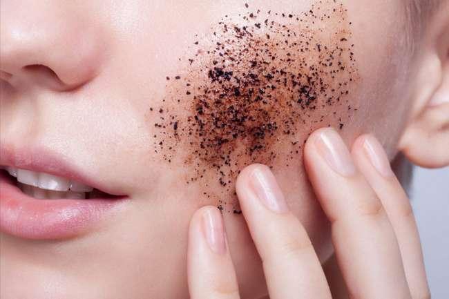Кавовий пілінг для обличчя і тіла: рецепт приготування в домашніх умовах, застосування і протипоказання