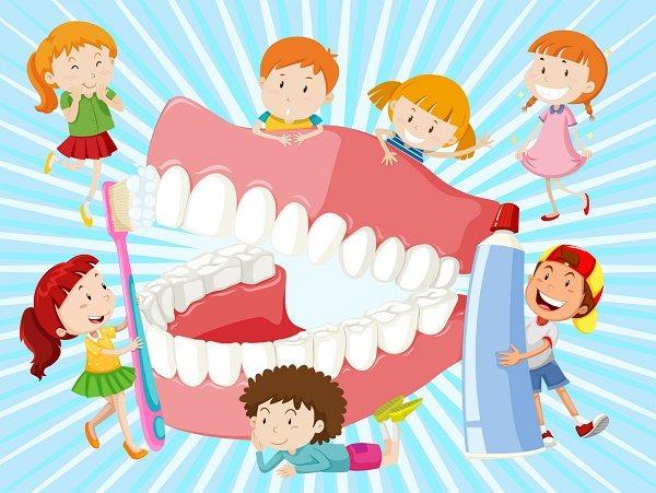 коли дитині потрібно чистити зуби з пастою