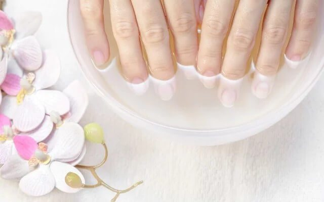 Контрастні ванночки для рук