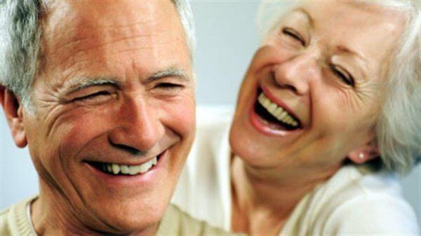 Корега крем для фіксації зубних протезів відгуки