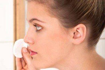 Червоні прищі на обличчі: позбавляємося в домашніх умовах