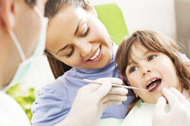 лікування карієсу у дітей