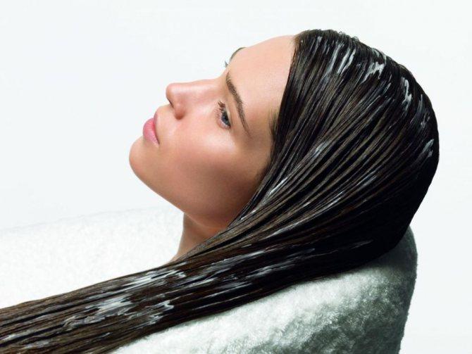 Маска для зміцнення волосся з цибулею і кефіром