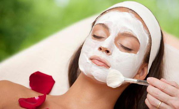 маска із сиру для обличчя в домашніх