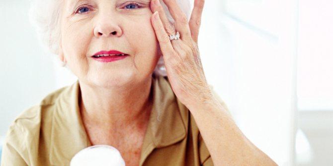 Маски для обличчя від зморшок після 60 років