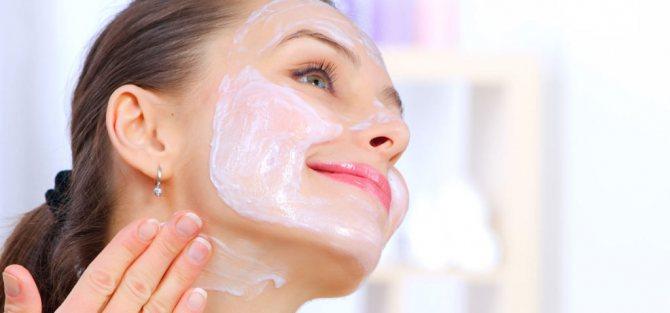 маски для обличчя після 45 з використанням кефіру