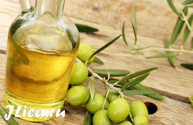 Маски з оливкової олії для обличчя домашні рецепти