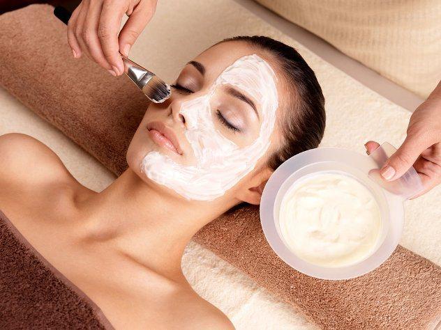 маску від зморшок легко зробити в домашніх умовах