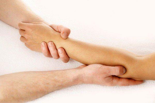 масаж руки при лімфостаз