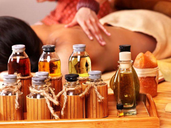 масаж з маслами