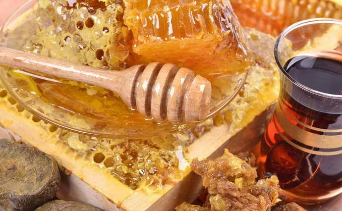 Мед і прополіс від стоматиту