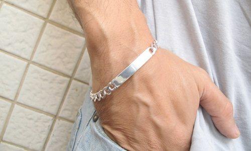 металеві браслети зняти