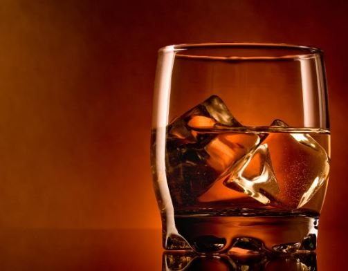 Чи можна пити після пломбування зуба
