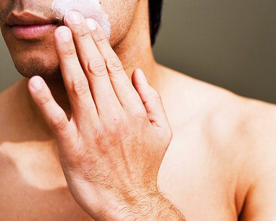 Що очищає скраб для чоловіків в домашніх умовах
